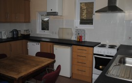 Photo of kitchen in 40 Huntingdon Road
