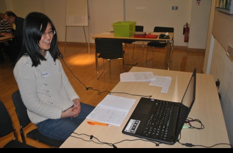 Photo of a student taking part in online speed networking with our alumnae through Skype